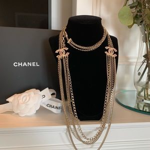 💯 Authentic Chanel Necklace
